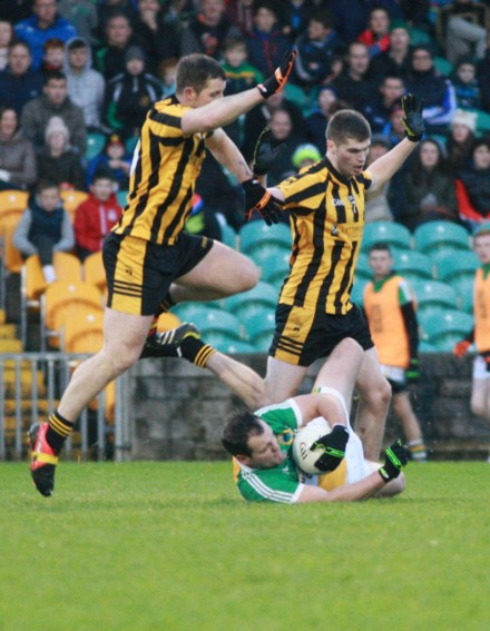 Donegal SFC Final. Michael Murphy crowded out in the Donegal SFC Final.