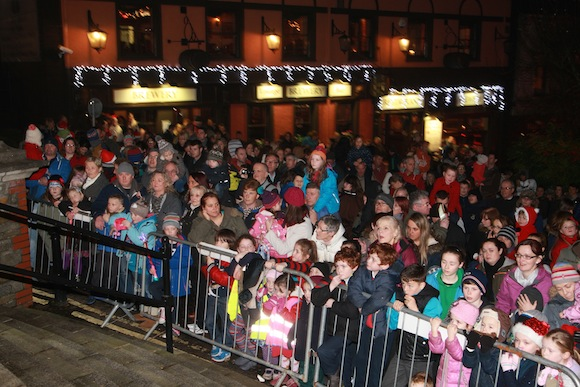 Some of the huge crowd which turned out in Letterkenny last night for the official switching on of the Christmas lights. PIc by Brian McDaid of Cristeph Studio.