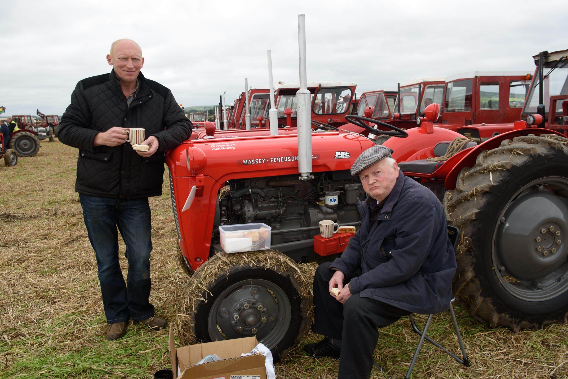 Great gathering for Massey Ferguson record attempt – pic