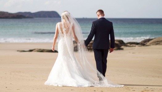 A marriage by the sea