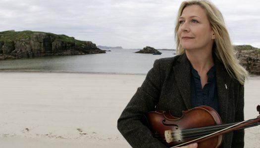 Modern musical heroines receive premier awards