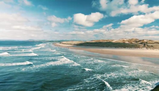 Can you believe how beautiful Bundoran looks in this travel video?