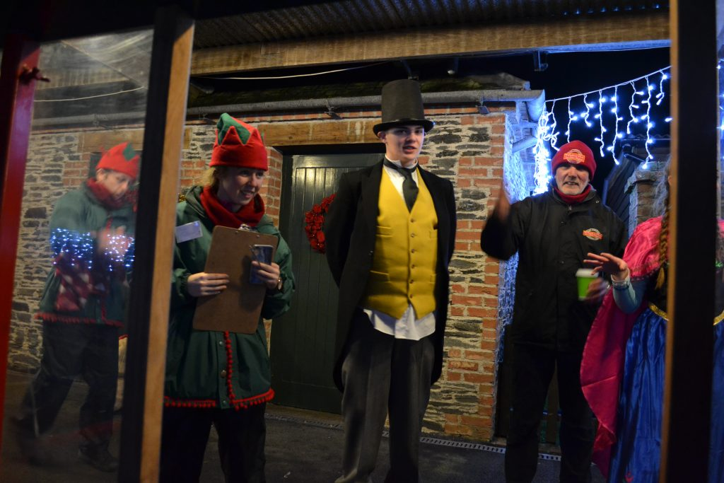 Oakfield Park Santa Express 2017. Photo; Rachel McLaughlin DonegalWoman.ie