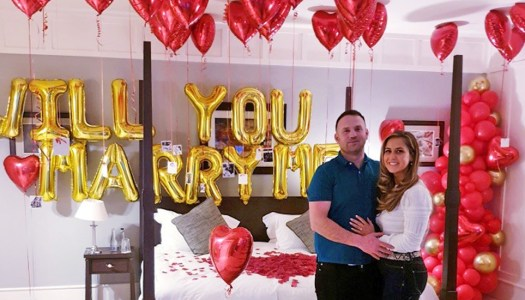 Man 'pops' the question with beautiful balloon surprise