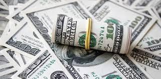 الدولار عند اعلى مستوى في 4 اشهر .. وماذا عن النفط؟