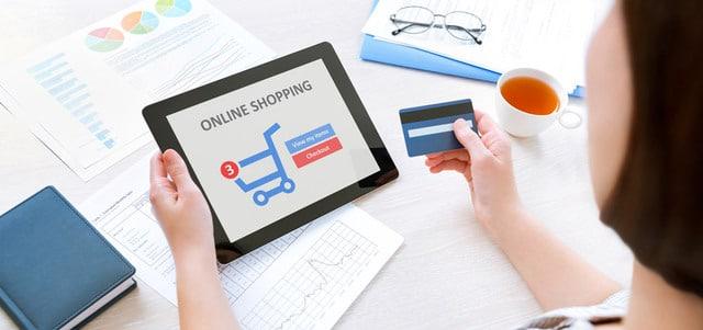 بعض الطرق لتوفير المال عند التسوق عبر الإنترنت