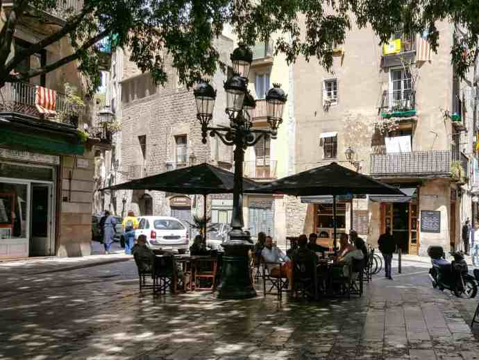 Hidden Barcelona - Picturesque plaças