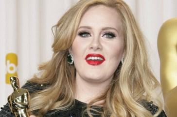 """Adele racconta """"Easy on Me"""" e anticipa l'uscita del nuovo album"""