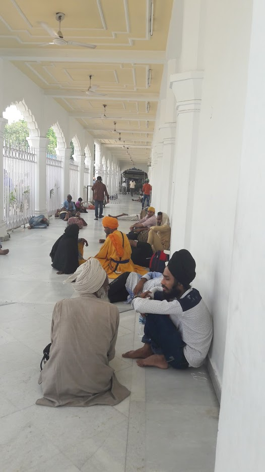 Sikhs at rest in the Temple