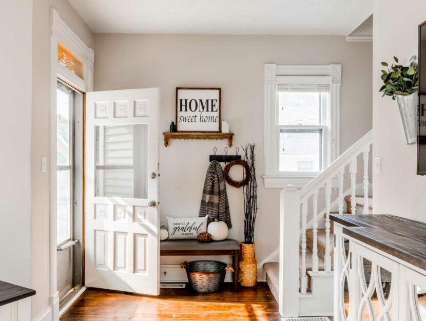 Legno, pietra e ferro non possono mancare per un ambiente rilassato e. 5 Consigli Da Tenere In Considerazione Se Stai Arredando La Tua Casa In Campagna Donna Moderna