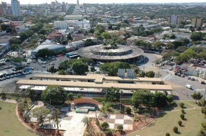 Casas e Apartamentos à Venda em Umuarama PR Imobiliárias Casas e Apartamentos à Venda em Umuarama, PR, Imobiliárias