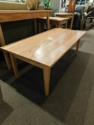 Shaker Rectangular Coffee Table Wood Species Shown: Oak Fully Customizable. Please contact us for pricing details.