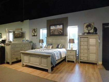 Legacy Village Bedroom Wood Species Shown: Brown Maple [Appaloosa Paint and Glaze Finish] Size Bed Shown: Queen Fully Customizable.