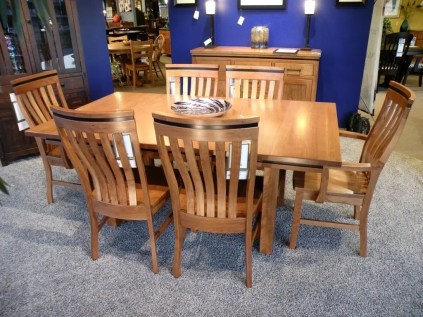 Richmond Table and Chairs Fully Customizable. Please contact us for pricing details.