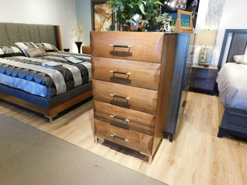 American Modern B1D3 5-Drawer Chest
