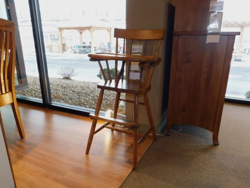 Comback Highchair with Slide Out Tray