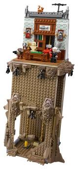 LEGO batcave 04