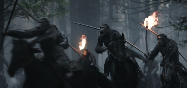 "WAR FOR THE PLANET OF THE APES | ""Bad Ape and Maurice"" Clip & Character Emojis!"