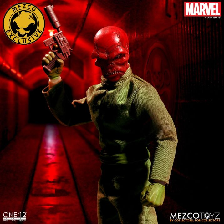 Mezco One12 Red Skull exclusive 02