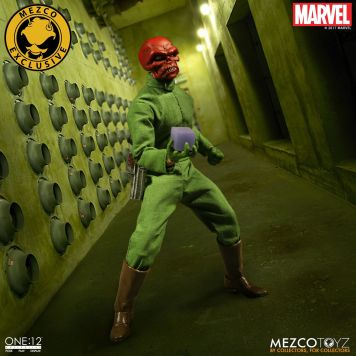 Mezco One12 Red Skull exclusive 05
