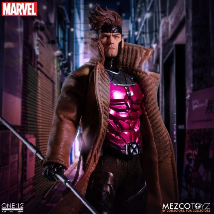 Mezco Gambit 01