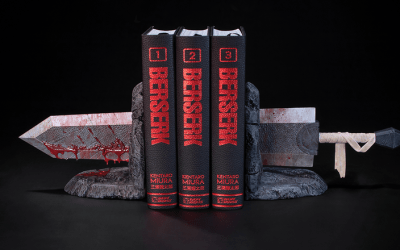 NO GUTS NO GLORY!! Berserk bookends up for pre-order from Dark Horse!