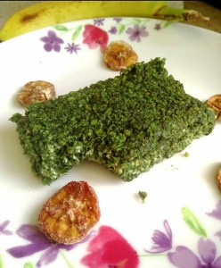 Spirulina spiked peanut butter banana flapjacks Breakfast Lunch snack vegan