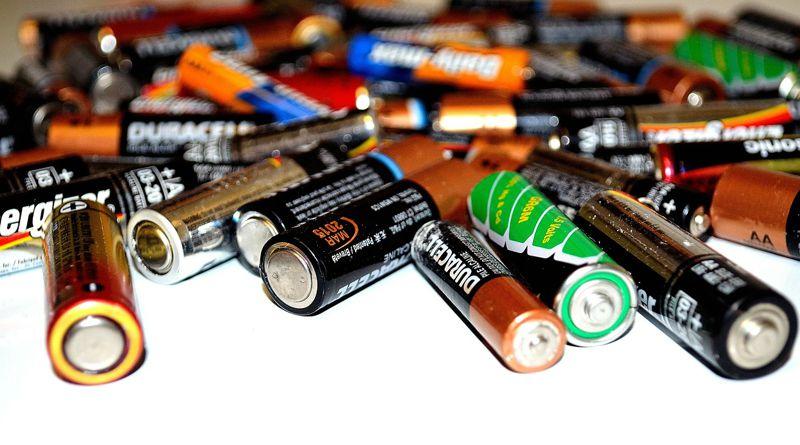 Elektromos berendezés és elem-akkumulátor gyártók: ma van a bevallás utolsó napja