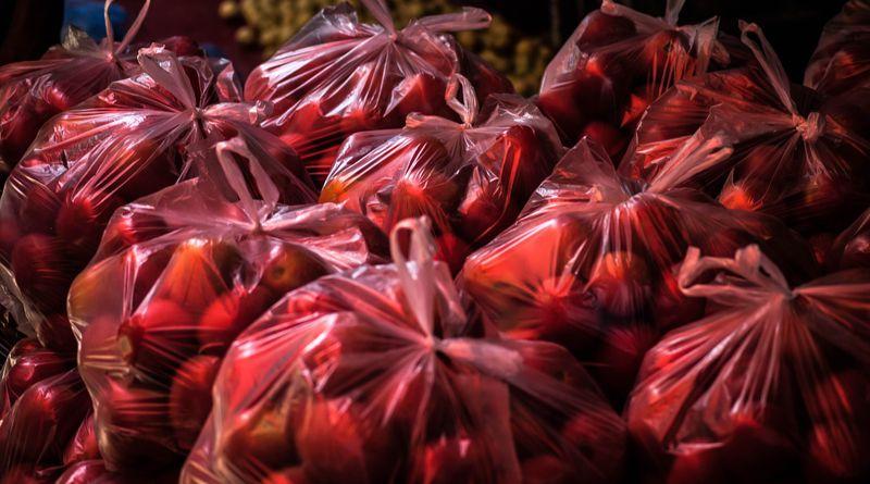 Adománykonvoj Budapesten – 30 tonna élelmiszer a nélkülözőknek