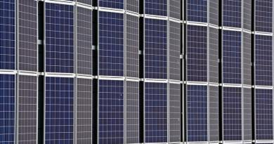 A napelem parkokért folytatott aranyláznak nincs vége