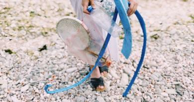 Az Európai Bizottság is a betiltás útjára lépne az egyszer használatos műanyagoknál