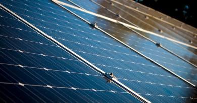 Vissza nem térítendő támogatásra pályázhatnak napelemes rendszerek telepítéséhez a kis- és középvállalkozások