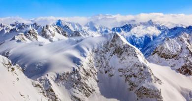 Hulladékproblémák miatt lezárták a Mount Everest-alaptábort a turisták előtt
