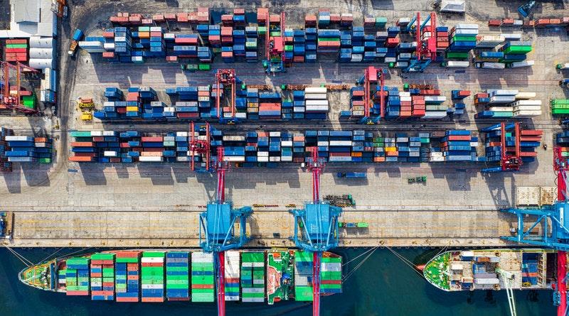 Többezer tonna műanyagot küldött Olaszország keleti országokba