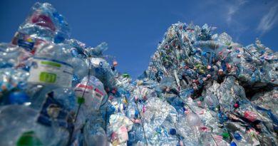 Optikai elven működő szelektív hulladék válogatóművet adtak át Debrecenben