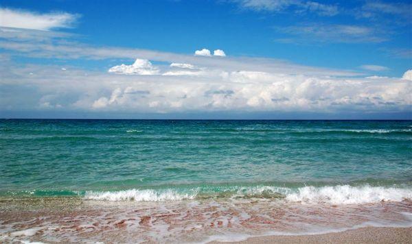 Фото моря на рабочий стол: Лето море облака, пейзаж