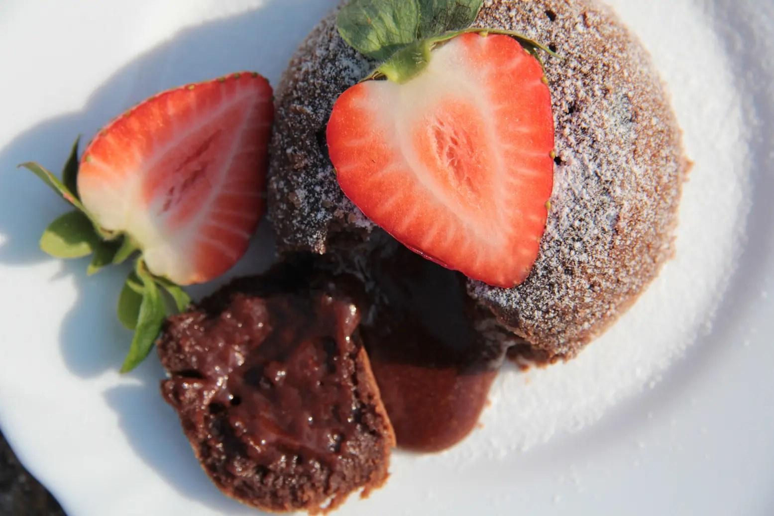 """Valentine's Day Chocolate """"Mota"""" Lava Cake"""