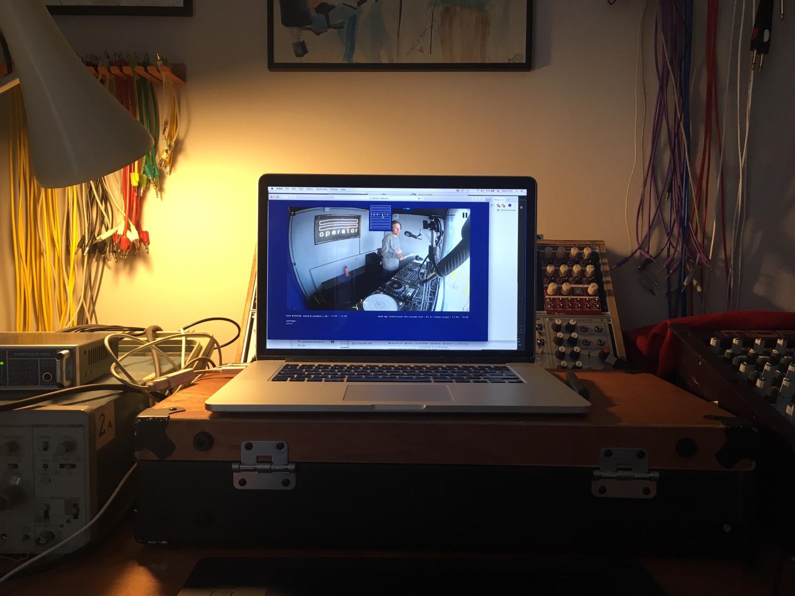 2019-04-webcam-londen