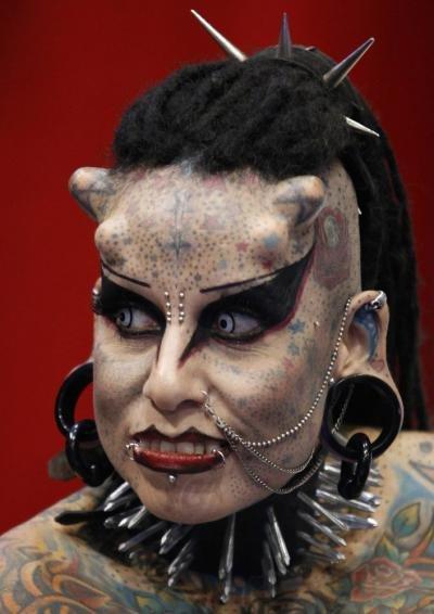 Женщина-вампир » Дуделка - Интересные новости и фото