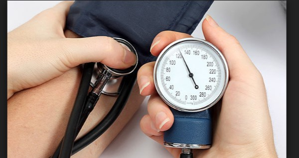 what-is-high-blood-pressure-its-symptoms-and-prevention