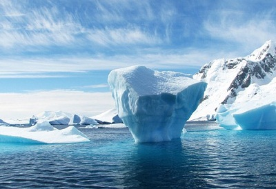 Heat source under Antarctica melting ice sheet