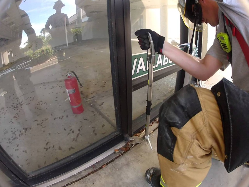 Door Hinge Repair Vaughan