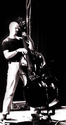 Dooušek v Barce, 2004