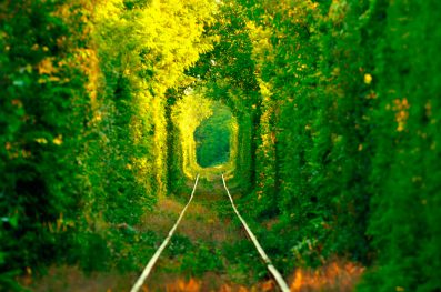 el-tunel-del-amor-y-sus-colores