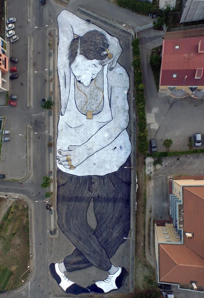 Murales-de-Ella-Pitr-en-Campania-Italia