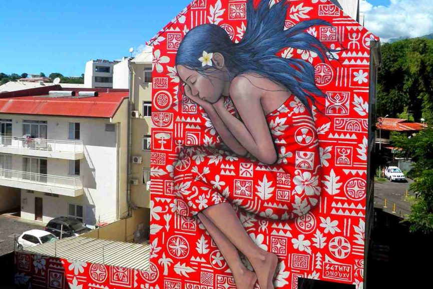 murales-Sleeping-girl-de-Seth-Globepainter-y-HTJ