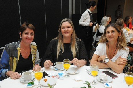 Verónica Cominotto, Mara Frulla y Analía Lizatovic