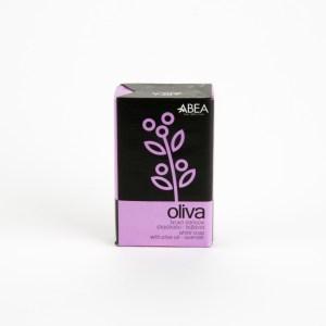 natuurlijke zeep op basis van olijfolie en lavendel