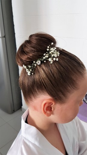 10-flower-girl-hairstyle-cancun
