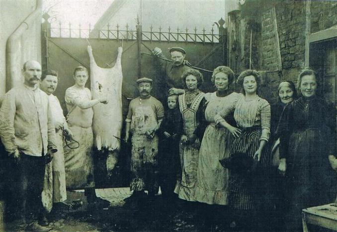 Familie Adolfs vor 1914  (Foto von Anni Hinz)